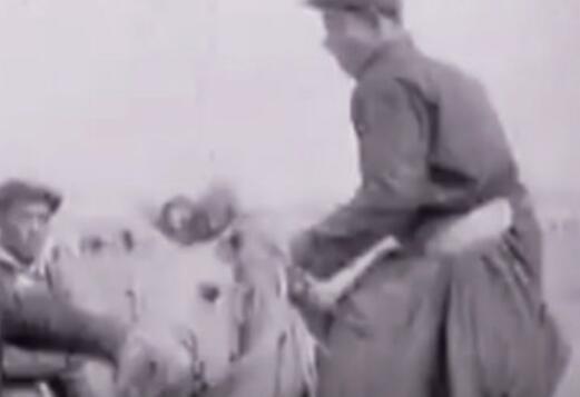 1964年法国人在内蒙古拍出这样的画面...